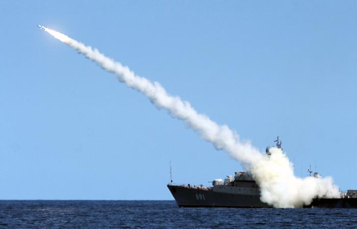 Минобороны РФ направило запросы в Ирак и Иран для пролета крылатых ракет