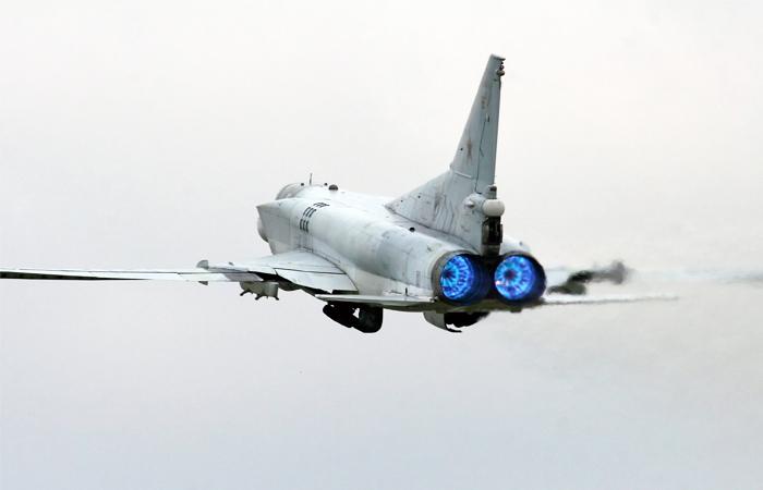 СМИ узнали о размещении самолетов дальней авиации РФ на базе в Иране