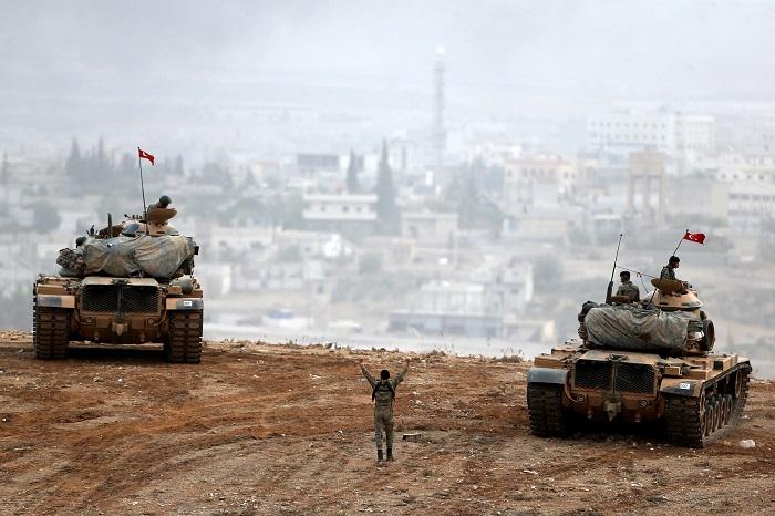 Турецкая армия и ВВС коалиции начали операцию в сирийском Джараблусе против боевиков ИГ