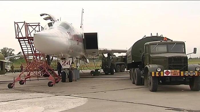 Российские олимпийцы побывали на авиабазе Хмеймим в Сирии