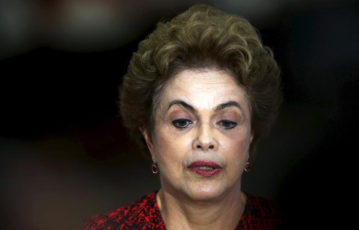 Бразильский сенат проголосовал за отставку президента Дилмы Русеф