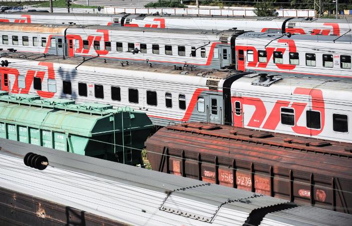 Движение поездов наСахалине частично восстановлено