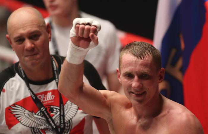 Русский боксер Трояновский проведет защиту титула чемпиона мира против Обары