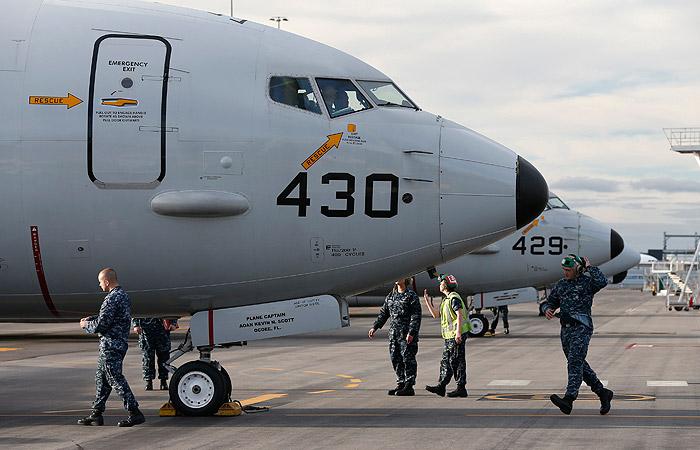 СМИ узнали о подлете двух самолетов ВМС США к рубежам РФ на Черном море