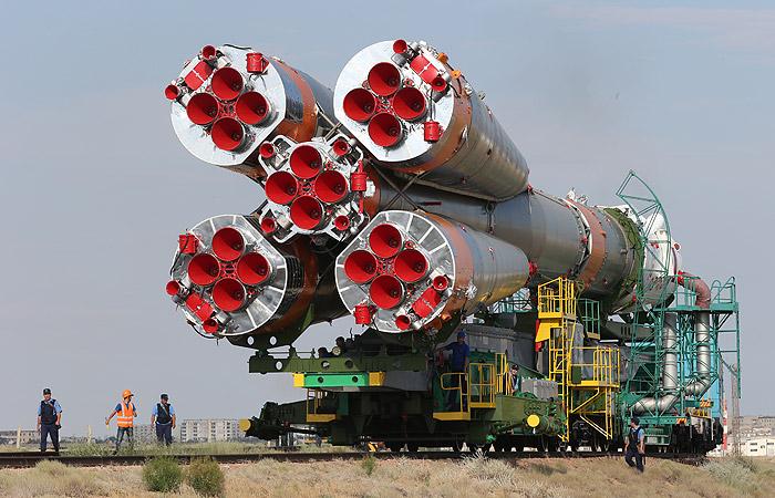 """Стала известна причина переноса старта космического корабля """"Союз"""""""