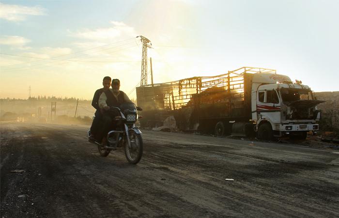 Жертвами обстрела гумконвоя вСирии стали 20 мирных граждан
