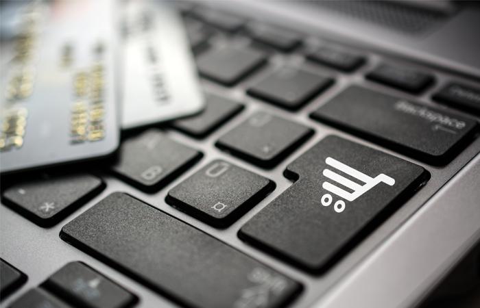 Объем интернет-торговли в РФ в первом полугодии 2016 года вырос на четверть