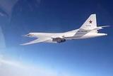 Минобороны опровергло сообщение о сближении Ту-160 с исландским лайнером