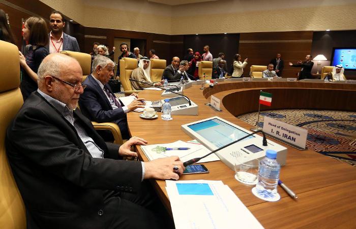 Для трех стран ОПЕК сделали исключения в ограничении добычи нефти