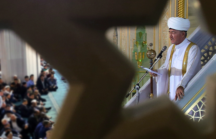 Муфтий Чечни обвинил главу Совета муфтиев РФ в потворстве ваххабизму