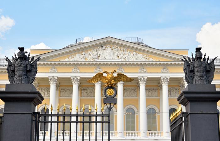 """Картина Брюллова """"Христос во гробе"""" останется в Русском музее"""