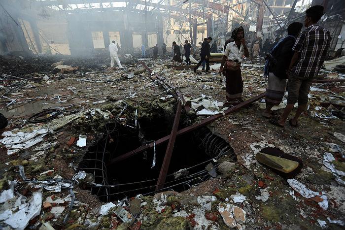 Арабская коалиция проведет расследование субботнего авиаудара по столице Йемена