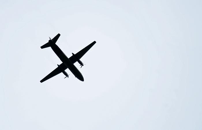 """Севший """"на брюхо"""" в Якутии пассажирский Ан-26 получил серьезные повреждения"""