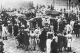 Менее половины россиян знают об антисоветском восстании в Венгрии 1956 года