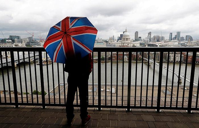 Лондон собрался уменьшить штат посольстваРФ