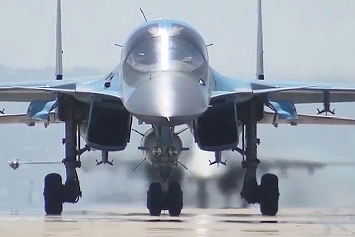 Москва рассмотрит просьбы Ирака и Ливии о военной помощи в случае их поступления