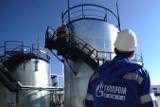 ФАС обсудит с нефтяными компаниями замещение выпадающих объемов бензина