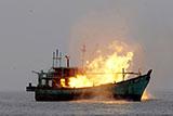 Рыболовное судно Тайваня загорелось в Тихом океане