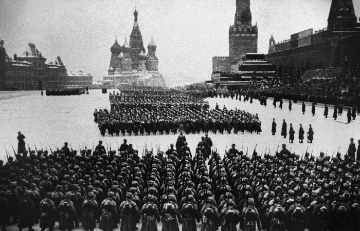 Движение в центре Москвы будет ограничено для подготовки к годовщине парада 1941 года
