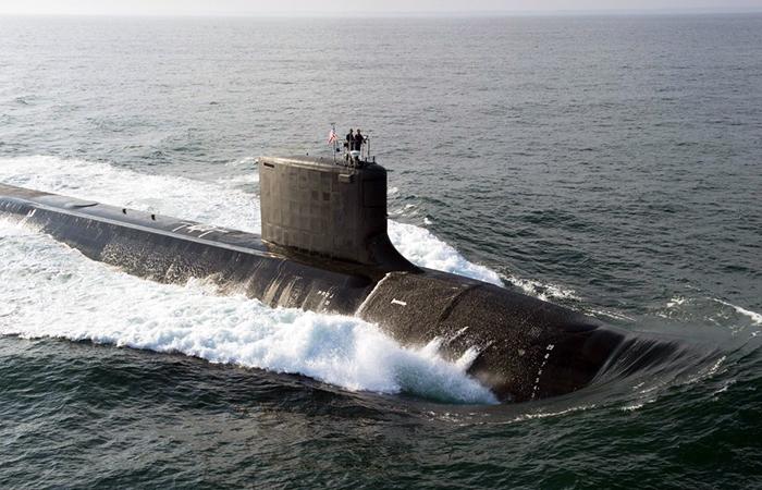 """Минобороны уличило подлодки НАТО в слежке за """"Адмиралом Кузнецовым"""""""