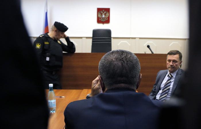 Улюкаева отправили под домашний арест досередины зимы предстоящего года