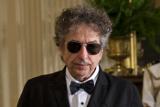 Боб Дилан получит Нобелевскую премию во время концерта в Швеции