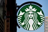 Сторонники Дональда Трампа устроили акцию против сети кофеен Starbucks