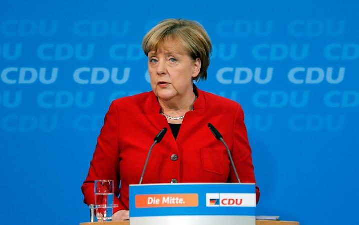 СМИ проинформировали о планах Меркель баллотироваться напост канцлера ФРГ