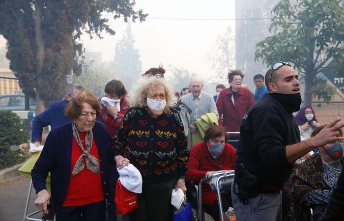 В Израиле эвакуировали десятки тысяч человек из-за природных пожаров
