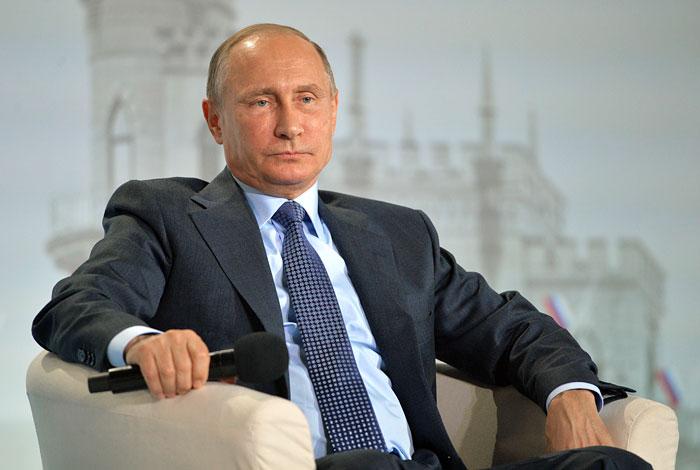 """""""Коммерсант"""" сообщил о реорганизации администрации президента"""