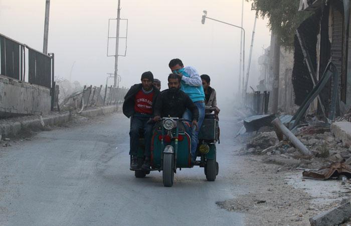 За сутки из восточной части Алеппо вышли 3179 мирных жителей