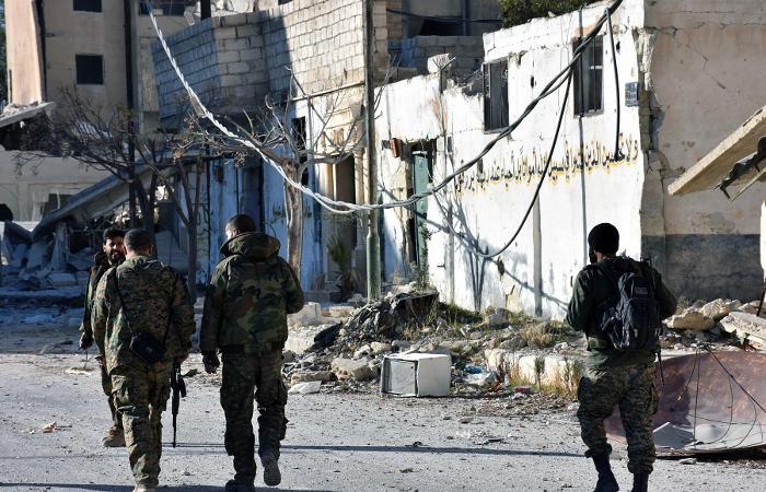 Извосточных районов Алеппо освободили несколько тыс. мирных жителей
