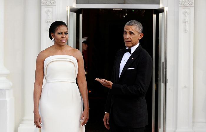 Обама отверг возможность выдвижения его супруги Мишель напост президента США