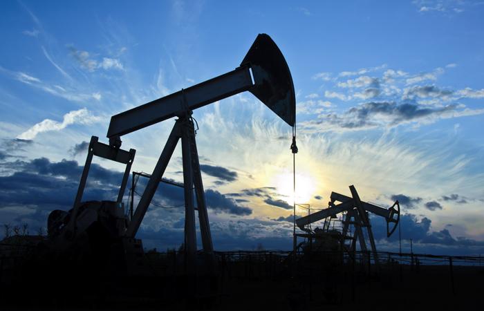 Министр нефти Ирака заявил о договоренности стран ОПЕК о снижении уровня добычи
