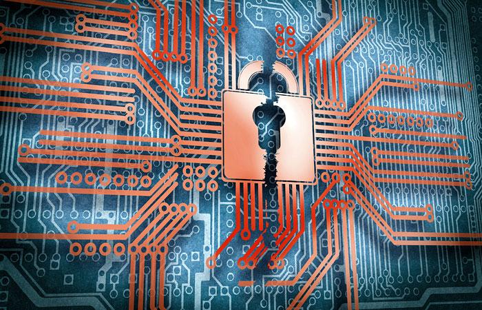 ФСБ узнала о готовящихся кибератаках на финансовую систему России