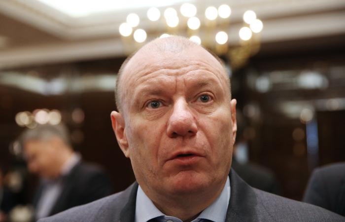 Суд отклонил иск Минфина о взыскании с Потанина $68 млн