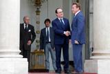 Шварценеггер поздравил Олланда с решением не баллотироваться на второй срок