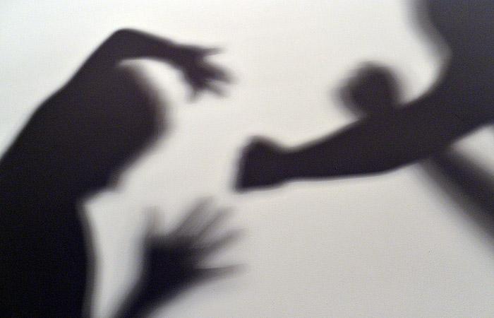 Россияне раскритиковали перевод семейного насилия в разряд административных преступлений