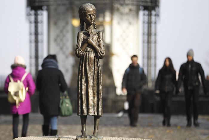 Рада попросила демократические государства признать голодомор геноцидом