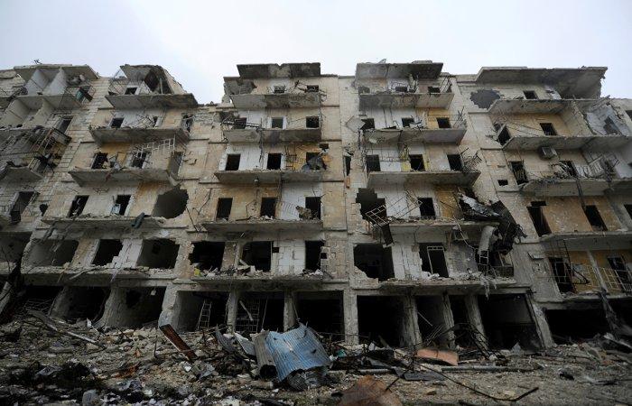 Военные РФ передали жителям сирийского Алеппо шесть тонн гумпомощи