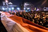 Жители Варшавы заблокировали выход из сейма