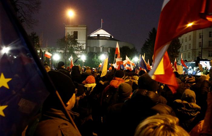 Глава Евросовета Дональд Туск поддержал польских демонстрантов