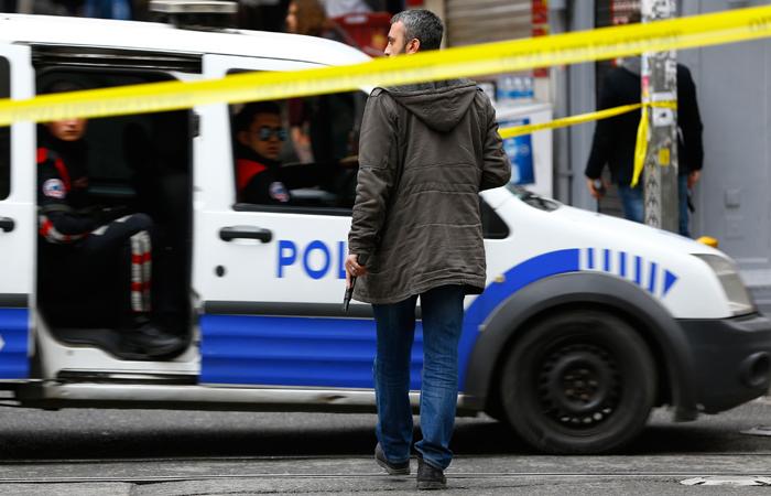 Российский посол был ранен в результате покушения в Турции