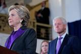 Дональд Трамп ответил на критику Билла Клинтона и обвинил его в провале супруги на выборах