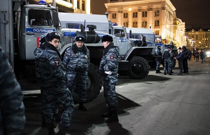 Новогодние гуляния в Москве для защиты будут отгораживать грузовиками