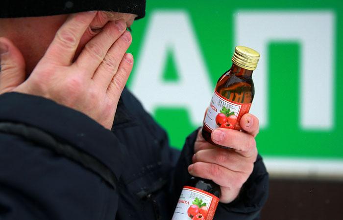 Число жертв отравления суррогатным алкоголем в Иркутске выросло до 71