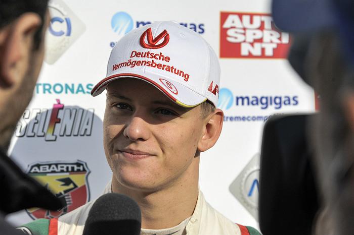 Сын Михаэля Шумахера выступит вевропейской серии «Формулы-3»
