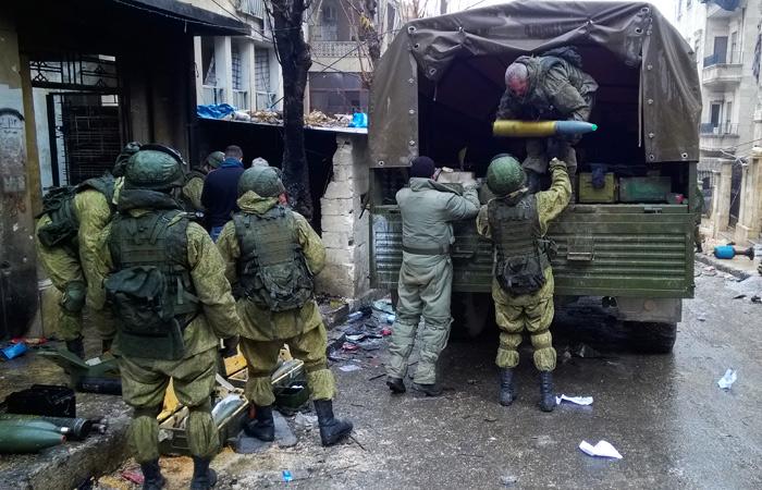 МинобороныРФ сообщило обобнаружении массовых захоронений мирных людей вАлеппо
