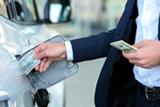 Минэнерго назвало провокацией заявления о сильном подорожании бензина в 2017 году