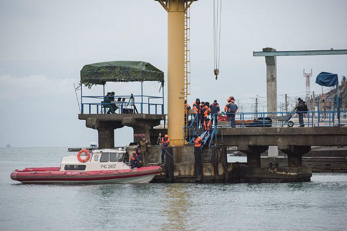 Тело одного из погибших пассажиров Ту-154 опознали родственники